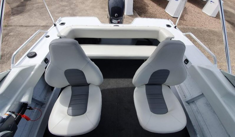 New Quintrex 481 Cruiseabout full