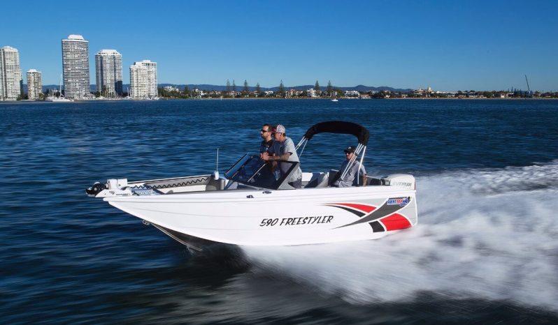 New Quintrex 590 Freestyler full